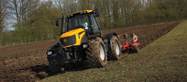 slide_img_tractor